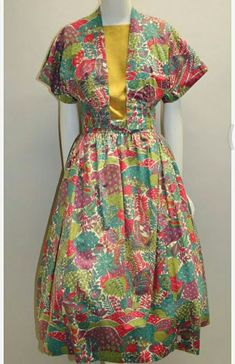 创作日期: Short jacket of lace-up front, short kimono sleeves. Short Sleeve Dresses, Dresses With Sleeves, Short Kimono, Kimono Fashion, Lace Up, Summer Dresses, Jackets, Vintage, Down Jackets