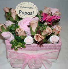 www.lacestitadelbebe.es Sorprende con este bonito ramo hecho a mano con ropita de bebe. REBAJADO!! Antes: 37.95€ ahora 34.15€!!