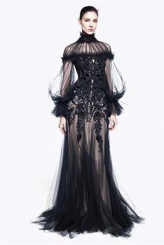 Alexander McQueen couture-costume wauw!!!!!!!!