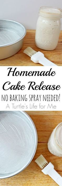 Only 3 ingredients, works perfectly and is SO much cheaper than buying baking spray! 1 c flour, 1 c shortening, 1 c veg oil Baking Tips, Baking Recipes, Cake Recipes, Dessert Recipes, Baking Hacks, Baking Ideas, Soup Recipes, Cake Cookies, Cupcake Cakes