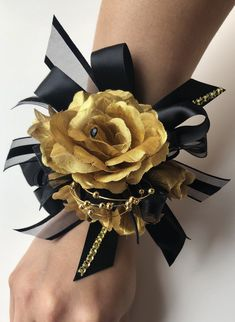 Hi this Listing is for the SET INCLUDE the Wrist corsage and Boutonniere . The corsage measures about is long by 5 '' wide. The wrist strap is adjusta Black Corsage, Gold Corsage, Corsage And Boutonniere, Wrist Corsage, Rose Petals Wedding, Rose Wedding Bouquet, Homecoming Corsage, Bridesmaid Bouquet White, Prom Couples