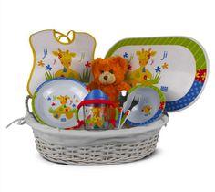 """""""Canastilla de bebé color 2"""" - 66€ (envío incluido a la península) Incluye Cesta de mimbre vestida; Osito de peluche; Mantelito; Babero; Plato llano; Bol; Taza de aprendizaje; Cuchara; Tenedor Color, Wicker Baskets, Spoons, Table Linens, Cribs For Babies, Baskets, Plushies, Colour, Colors"""