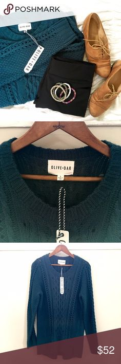 {NEW}Olive&Oak cable-knit oversized sweater Jewel-toned Olive&Oak sweater. New with tags, no flaws. Generous fitting size small. Questions welcomed😘 Sweaters Crew & Scoop Necks