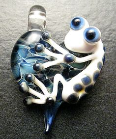 Frog pendant - glass heart lampwork pendant focal bead necklace - Boomwire Glass jewelry. $25.00, via Etsy.