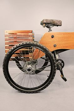 The RAIOOO project consists on the prototyping of an electric wooden tricycle. It was developed by the MA Integrated Design students (1st year 2013/2014) by the coordination of Ermanno Aparo and Manuel Ribeiro.