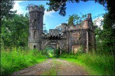Castle Monzie Gatehouse in Scotland 02