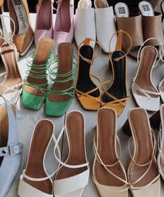 Today the sun was shining in just right on all of these perfect sandals and it *almost* felt like summer ☀️🤤🍦 Dr Shoes, Me Too Shoes, Shoes Heels, Strappy Sandals Outfit, Green Sandals, White Sandals, Strappy Heels, Pretty Shoes, Cute Shoes