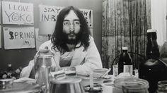 Nico Koster John Lennon tijdens de 'Bed-in for Peace', in 1969 in het Amsterdamse Hilton Hotel. http://veiling.catawiki.nl/kavels/4348613-nico-koster
