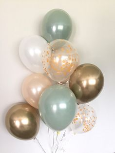 Green, gold and white balloons Light green wedding decorations Green and gold balloons Gold chromed balloons Sage green bridal shower decorations – Baby Shower Decor Deco Baby Shower, Baby Shower Themes, Baby Boy Shower, Baby Shower Green, Shower Ideas, Baby Shower Balloons, Unique Baby Shower, Shower Party, Green Bridal Showers