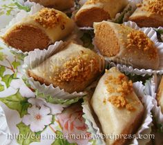Algerian Cookies Recipe, Cookie Recipes, Dessert Recipes, Algerian Recipes, Biscuit Cookies, Middle Eastern Recipes, Sweet Treats, Food And Drink, Sweets