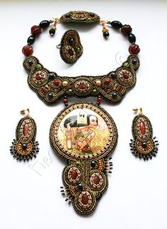 Beautiful embroidered jewelry by Nella Moskvicheva Click on link to see more photos - http://beadsmagic.com/?p=4352