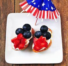 YUMMY and EASY Red White Blue Crostini Recipe via Kara's Party Ideas KarasPartyIdeas.com #4th #july #recipes #crostini #blueberry #fruit