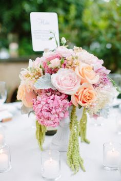 Jessica Burkeis as sweet and lovely as they come and to see a wedding unfold through hercamera lens is like watching an uber romantic film, complete with a happily ever after. Each and every time. Whether the story takes place