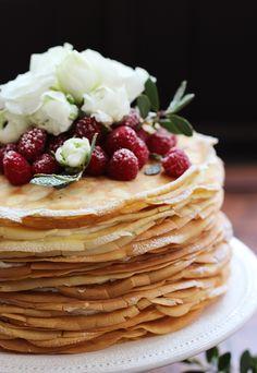 Lemon mascarpone crepe cake