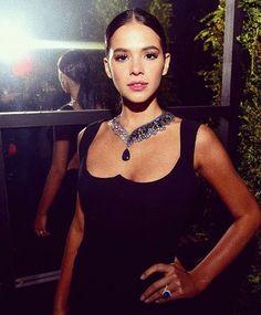 0a361cc23 37 Best Bruna Marquezine images in 2019   Girls, Beauty, Celebrities