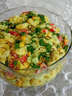 Salad with cheese Veggie Recipes, Salad Recipes, Cooking Recipes, Healthy Recipes, Veggie Meals, Tortellini, Polish Recipes, Polish Food, Us Foods