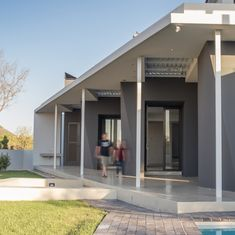 Contemporary South African House in the highveld, designed by architect Neels Bezuidenhout of NBAD.