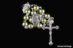 Auto Rosary Dark Olive Green Glass Pearl 1 Decade by JessesVintage #pottiteam