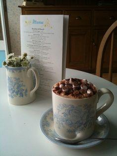 Hot Chocolate at Upsy Daisy Bakery, London, UK