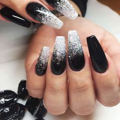 There are three kinds of fake nails which all come from the family of plastics. Acrylic nails are a liquid and powder mix. They are mixed in front of you and then they are brushed onto your nails and shaped. These nails are air dried. Black Ombre Nails, Black Nails With Glitter, Black Nail Art, Black Coffin Nails, Dark Color Nails, Black Acrylic Nails, Black Wedding Nails, Black Silver Nails, Silver Ombre