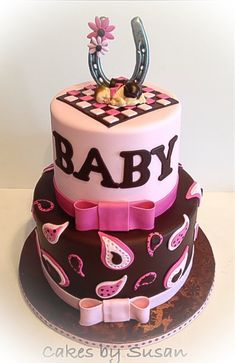 Love this cake! !! Just without the horseshoe and if it's a bit just change pink to blue