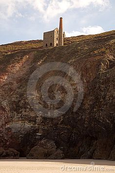 Wheal Coates - a restored Cornish engine house sits high on the cliffs  on St Agnes Beacon on the north coast of Cornwall