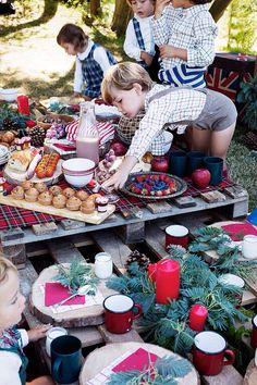 Colección Otoño-Invierno Doña Carmen Bebes con picnic diseño de IDeA&Co (hello@ideaandco.com) #picnic #deco #automn #tartan #christmas #countryside #fashion #babys #food