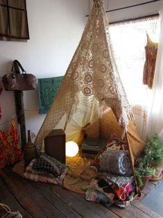 a tent in your living room. cool lacy crocheted tent Want to do this in the kids room My New Room, My Room, Diy Holiday Gifts, Meditation Space, Meditation Corner, Lounges, My Living Room, Living Spaces, Fairy Lights