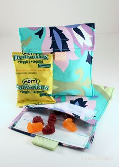 Tutorial for creating reusable snack bags. Easy to make, easy to open, and easy on the environmentally.
