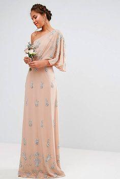 48ab0b1cc Diez vestidos de fiesta largos (¡y refrescantes!) para bodas de verano
