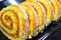 El Pionono ✅ es un postre típico de la gastronomía peruana rico, rendidor y que acompaña cualquier tarde del año. ¡ANÍMATE A PREPARARLO! Peruvian Cuisine, French Toast, Easy Meals, Yummy Food, Bread, Vegetables, Breakfast, Desserts, Relleno