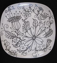 Green toile english transferware plate butterfly flowers berries blossoms d Sharpie Plates, Sharpie Crafts, Sharpie Art, Hand Painted Plates, Painted Mugs, Hand Painted Ceramics, Ceramic Cafe, Ceramic Plates, Pottery Painting