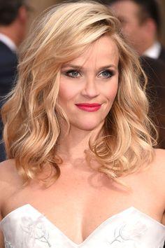 harpersbazaar:  Beauty Secret: Reese Witherspoon's Girl Next Door BeautyPhotography: Getty
