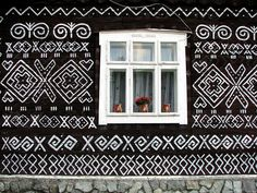 Surely you have heard me say that I love Patterns! While our houses commonly have patterns on the interior (think carpets, wallpaper, tilewo. Street Art, Street View, Unusual Buildings, Recycled Sweaters, Color Shapes, Art Furniture, House Painting, Garden Design, Home And Garden