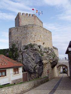 Castillo del Rey, San Vicente de la Barquera. Cantabria.