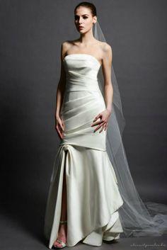 Monica Beige esküvői ruhánk