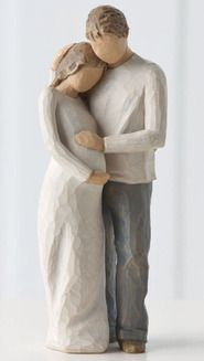 I can't help it, I seriously cry when I see Willow Tree figurines, they are so beautiful!!!!