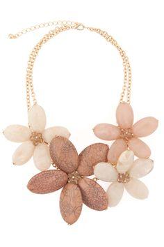 Hazel Marbled Flower Necklace = GORGEOUS