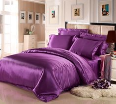 Seamless mulberry silk comforter sets in violet color is available. This bed linens is consist of silk duvet cover, silk fitted sheet, flat sheet and pillowcase. #bedding #sheets #lilysilk