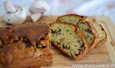 Une recette de cake aux champignons pour profiter pleinement de la saison