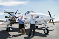 Goldfields Air Services with the new Beechcraft Kingair B200. Director chief engineer Mark Woodley and director chief pilot Dougall McQuie. KGM-0000682 © WestPix