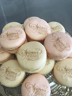 Printed French Macarons marchedemacarons.com