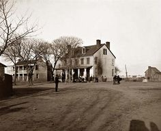 """Yorktown, Virginia  Tabb House taken in 1864."""" ...I wish I lived in the old days"""