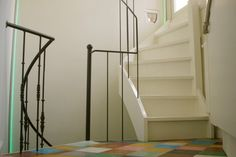 Trappen, trappen, trappen.  Exponenten van de 3e dimensie.  Prinsengracht, Amsterdam