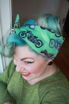 Retro/Rockabilly/Vintage/Pinup styled head scarf/bandana/dolly bow! Cotton, cute bow, reversible! by brookleigh on Etsy https://www.etsy.com/listing/214342146/retrorockabillyvintagepinup-styled-head
