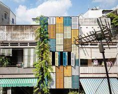 Vegan House e sua fachada de janelas coloridas   vivagreen
