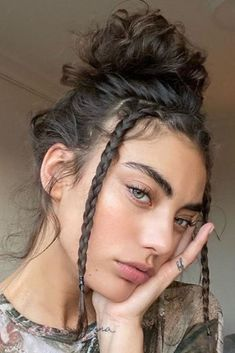Hairstyles With Bangs, Easy Hairstyles, Grunge Hairstyles, Stylish Hairstyles, Cute Short Hairstyles, Haircut Short, Baddie Hairstyles, Hairstyles Short Hair, Pretty Hairstyles For School
