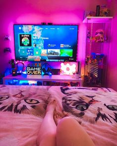 Gamer Bedroom, Bedroom Setup, Tv In Bedroom, Room Ideas Bedroom, Tv Decor, Room Decor, Small Game Rooms, Home Music, Otaku Room