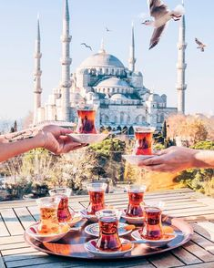 perfect spot to enjoy refreshments/Istanbul/Turkey Turkey Travel Planner, Wonderful Places, Beautiful Places, Turkey Destinations, Istanbul Travel, Voyage Europe, Travel Tours, Travel Guide, Travel Abroad