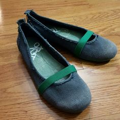 OTBT blue and green canvas slip ons OTBT blue and green distressed canvas flats size 6 1/2. Cute shoes, too small for me. In excellent condition OTBT Shoes Flats & Loafers